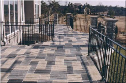 ECS-THIN-FINISH-Cuadricula-Grises-Patio